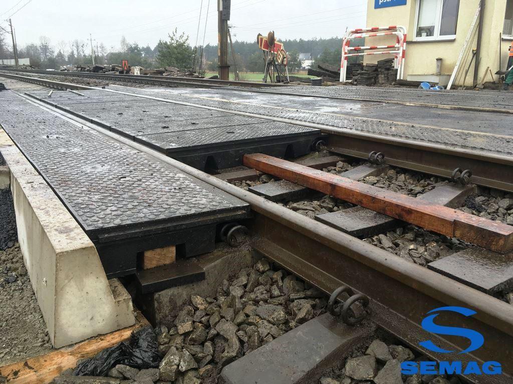 Gumowy Przejazd Kolejowy Semag-Kol-Drog